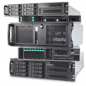 Ein Stapel von Rack-Server-Systemen der Wortmann AG